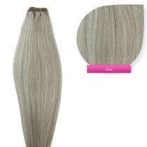 Dieses Bild zeigt die GlamXtensions Weft Extensions Haarverlängerung in der Farbe #grey - grau in Großansicht. Die echthaar Tressen Extensions sind in vielen verschiedenen Farben erhältlich.